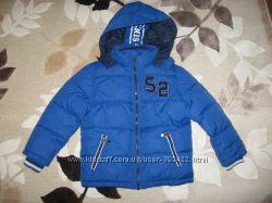 Зимняя куртка Palomino 110 см, цвет синий электрик в отличном состоянии