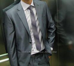 Строгий, стильный, деловой, классический костюм BERNARDO BOCCI