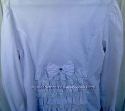 Интересная рубашечка на девочку 9-11 лет. В идеальном состоянии