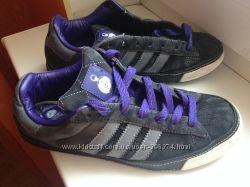 Кроссовки Adidas оригинал р. 39