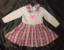 Шикарное фирменное платье для принцессы. Размер 74  6-9 мес.