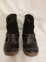 Отличные сапожки на цигейке размер 27 по стельке 17-18 см