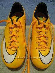 Бутсы Nike Kids Mercurial Victory V SG-Laser OrangeWhiteBlack 20, 5см