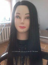 Балванка чорне волосся