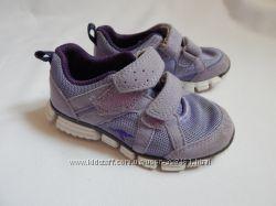 Kangaroos сиреневые кросcовки на девочку 24 размер