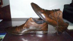 Кожані стильні туфлі 43 р.
