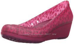 Туфли - балетки на танкетке crocs р. W10-26, 5см. Оригинал