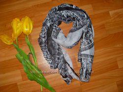 Красивый стильный шарф