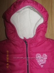 Тепленькая демисезонная курточка s. Oliver, отличное состояние, размер-98