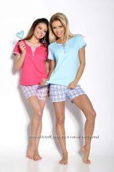 Пижама для женщин с шортами фирмы Таро Польша.