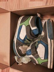 Продам кроссовки-ботиночки Олд неви. Размер 9 американский