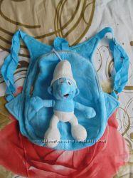 Продам рюкзачек мальчику или девочке со смурфиком.
