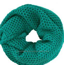 Яркие тёплые шарфы-снуды