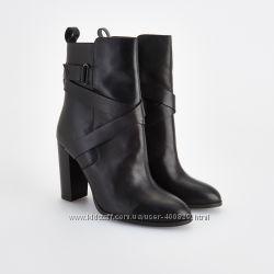 стильные кожанные ботиночки
