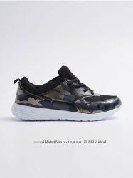 стильные кроссовки sinsay