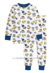H&M. Пижамка с Minions. Размер 4-6