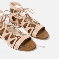 Zara. Кожа. Красивые и модные босоножки на шнуровке. Размер 40