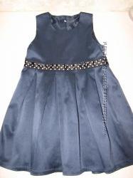 Атласное платье на 4 года , рост 104 см.