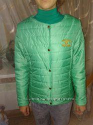 Куртка деми новая