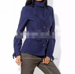 Яркая куртка  ветровка 52 размера
