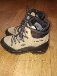 Зимние ботинки Lowa, р. 38, стелька до загиба 25 см