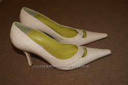 Красивые туфельки 37 размер