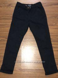 Продам брюки чино Next на 3-4 года сос-е новых можно комплектом