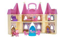 Замок свинки Пеппы Peppa Pig Princess Castle Deluxe Playset
