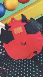 Красный детский рюкзак с крылышками