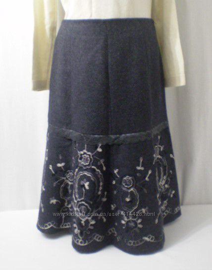 Теплющая мягкая роскошная юбка с вышивкой. шерсть.