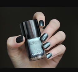 chanel black pearl blue rebel