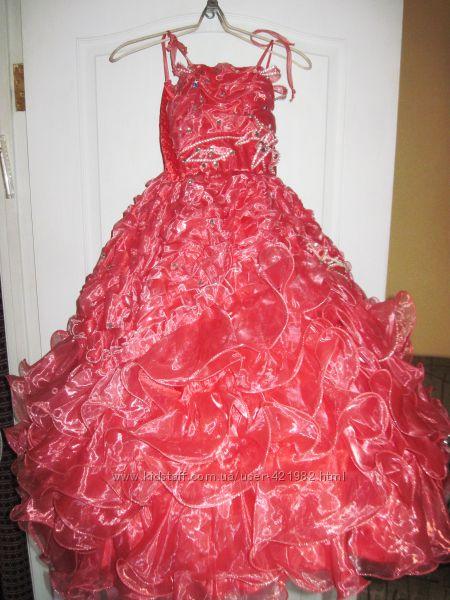 Платье нарядное бальное  для девочки