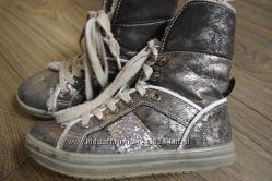 Ботиночки от фирмы ЗЕБРА