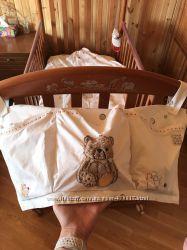 набор в кроватку mothercare из 5 кармашки полотенце 2 простыни мешок