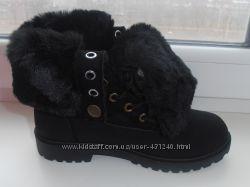 Ботинки черные зимние с отворотом наличие все рр. 36-39