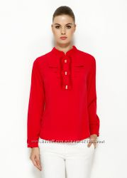 красная женская блузка MA&GI с жабо