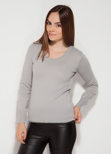 серая женская блузка MA&GI