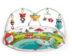 Детский развивающий коврик Tiny Love Веселая лужайка