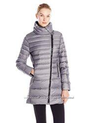 пуховик Champion Women&acutes Performance Asymmetric-Zip Jacket  грудь 112