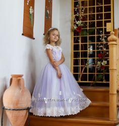 Эффектные платья для маленьких красоток