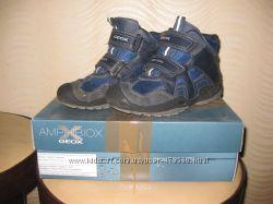 Деми ботинки Geox р 35 по стельке 22 см