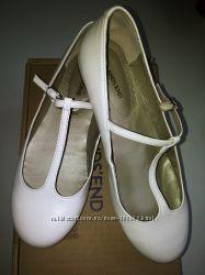Кожаные нарядные туфли-балетки Lands End р. 37
