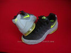 Кроссовки Nike Air Max Invigor оригинал 35-36 размер 22. 5 см