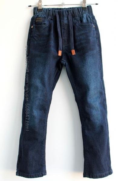 Тёплые синие джинсы модникам 116,122,128,140 см. Венгрия.