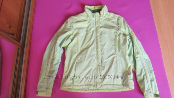 Демисезонная куртка H2O
