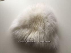 Меховая шапка из белой вязанной норки