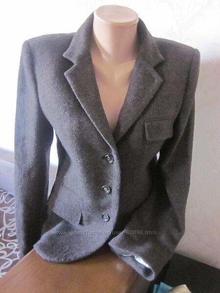 Шерстяной пиджак massimo dutti размер m, состояние новое,100 шерсть