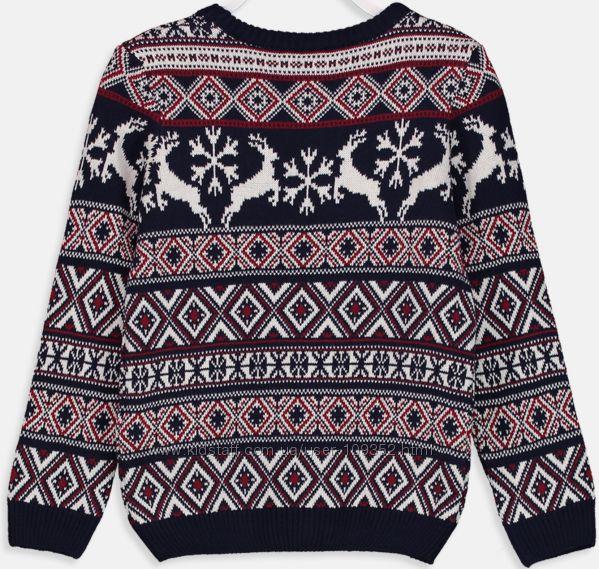 Новый свитер с оленями