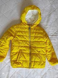 Демисезонная яркая куртка Waikiki, р.92-98