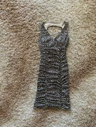 Шикарное платье р. S